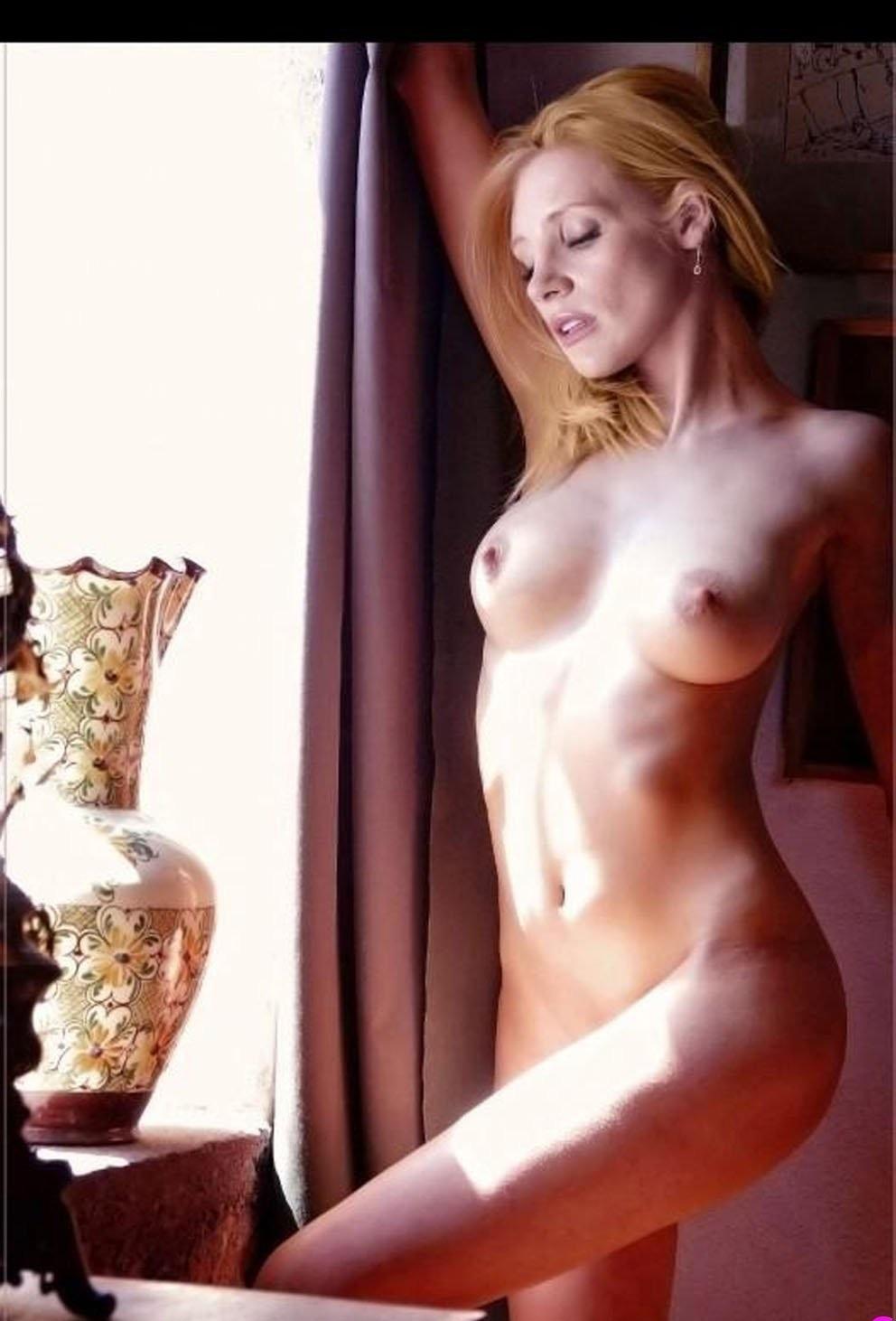 nude girls not porn
